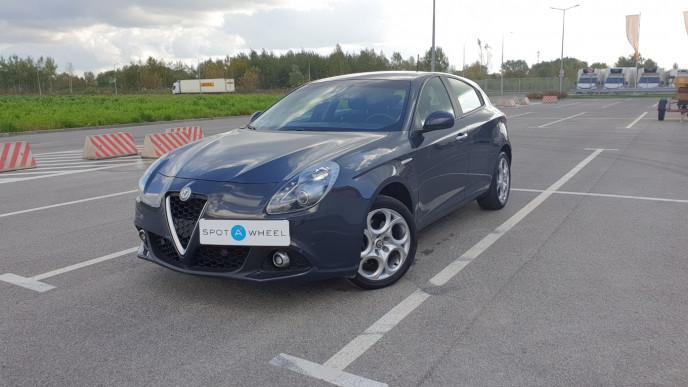 2018 Alfa Romeo Giulietta - front-left exterior