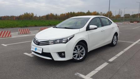 2015 Toyota Corolla - front-left exterior