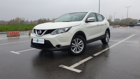 2016 Nissan Qashqai - front-left exterior
