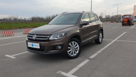 2012 Volkswagen Tiguan - front-left
