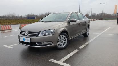 2011 Volkswagen Passat - front-left exterior