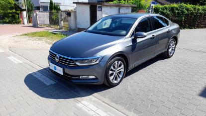 2016 Volkswagen Passat - front-left