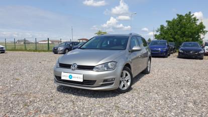 2014 Volkswagen Golf - front-left