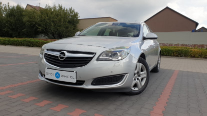 2017 Opel Insignia - front-left