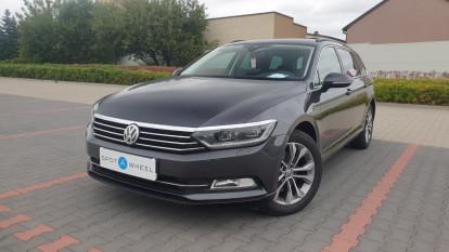 2018 Volkswagen Passat - front-left
