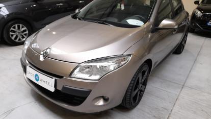 2010 Renault Megane - front-left exterior