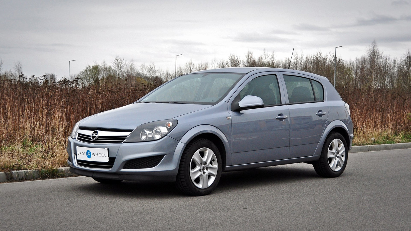 Opel Astra 1.6 Automat of 2011