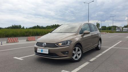 2016 Volkswagen Golf Sportsvan - front-left exterior
