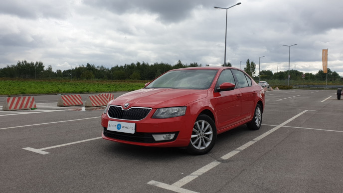 2013 Skoda Octavia - front-left exterior