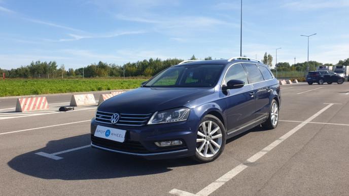2014 Volkswagen Passat - front-left exterior